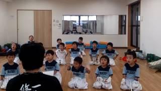 3歳から6歳までの園児たちの修行の様子。日本の将来は、この子どもたち...