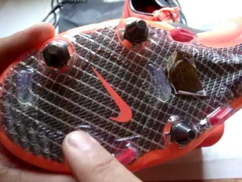 6b3f732ce Nike Mercurial Vapor VIII SG Pro Boots Bright Mango Metallic Dark  Grey Challenge Red - UNBOXING