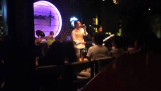 Acoustic 03012011-02 Thumbnail