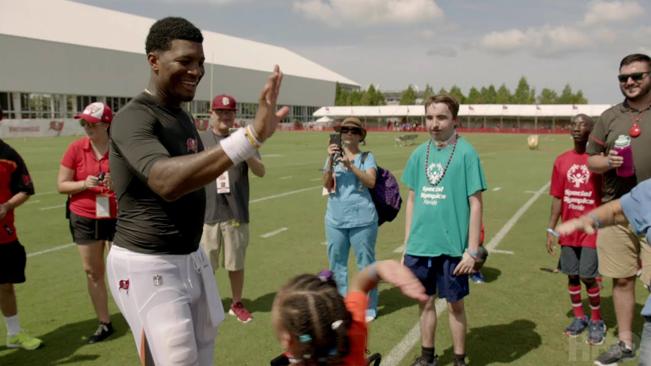 how to watch hard knocks without hbo