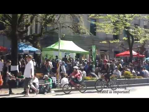 VPD creates alternative bike route on Hornby Street in Vancouver
