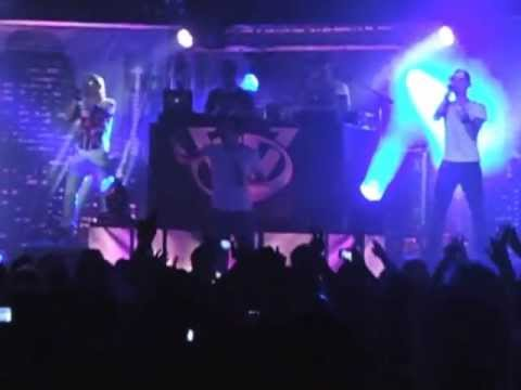 Gemelli diversi concerto orion youtube - Video youtube gemelli diversi ...