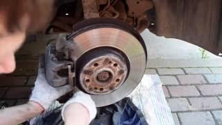 Замена передних тормозных колодок на Mercedes ML350 W164