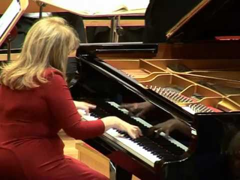 Chopin - Piano Concerto No. 2 (1/3) (Idil Biret, Piano, Yale Symphony Orchestra)