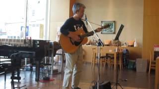 平成28年10月27日(木)、レストランスケルツォ2でのギター弾き語りです...