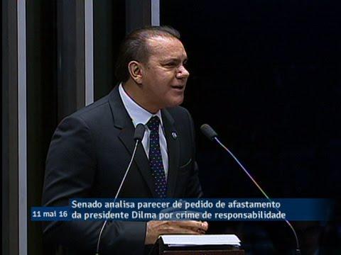 Senador Ataídes Oliveira anuncia voto pelo afastamento da presidente Dilma do poder