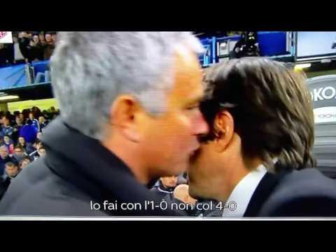 Discusión entre José Mourinho y Antonio Conte al final del Chelsea 4-0 Manchester United 23-10-2016