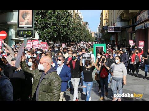 La hostelería protesta por la sangrante situación de sus negocios