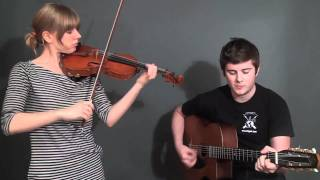 "Hungarian Folk Songs ""Szep asszonynak kurizalok"" ""Gyorscsardas"""