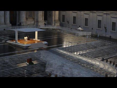 قدّاسٌ بلا مؤمنين.. البابا يُحيي أحد الشعانين وحيدا بسبب تفشي وباء كورونا…  - نشر قبل 2 ساعة
