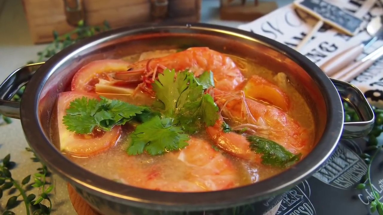 How to make Tom Yum Soup w/ Shrimp from Scratch (Tom Yum ...