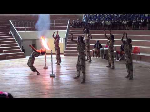KENYA BOYS AFRICAN ACROBATS TROUPE CIRCUS ARTIST