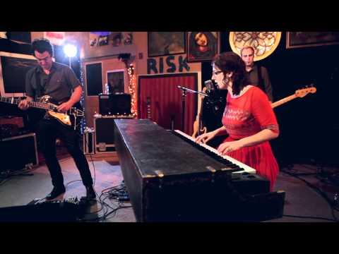 Audrey Assad- Sparrow (Live)