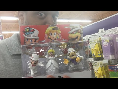 Super Mario Odyssey Amiibo Hunt, Unboxing At Toys R Us!