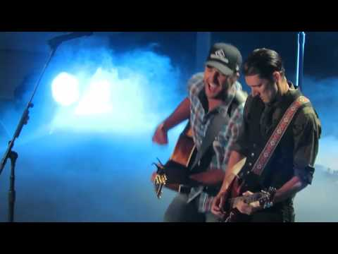 Luke Bryan CMT Awards Huntin Fishin And Lovin Every Day Nashville Bridgestone Arena
