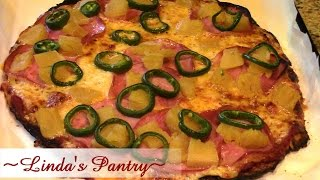 Low Carb Pizza Made With Spaghetti Squash & Linda Pantry
