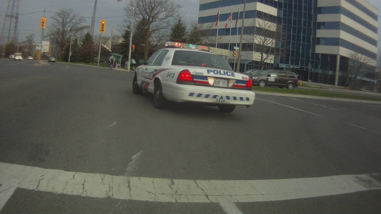 Pull Over Car Traffic Light : Bike cam cops pull over red light running cyclist youtube