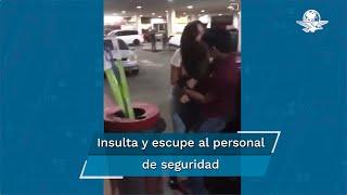 La mujer quien fue sorprendida robando dulces arremetió contra el personal de seguridad