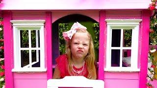 ستايسي تعيد طلاء منزلها الوردي
