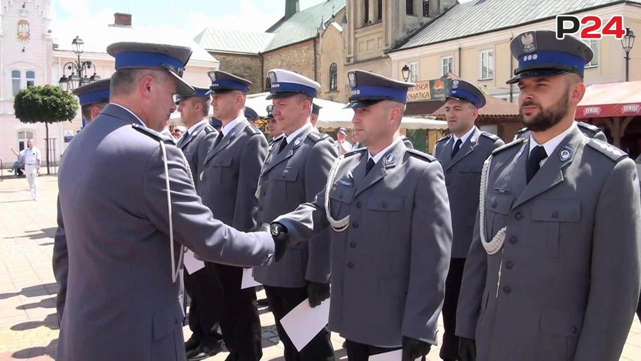 SANOK: 44 funkcjonariuszy z awansami. Uroczysty apel z okazji Święta Policji (FILM, ZDJĘCIA)