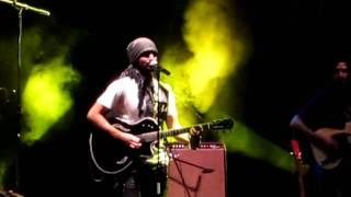 atif aslam live in concert pehli nazar mein guitar solo unplugged version hd