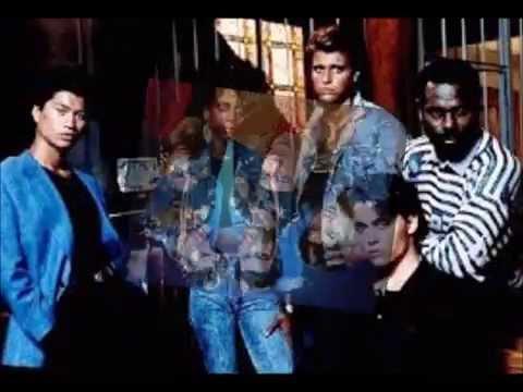 Holly Robinson - 21 Jump Street Theme Song