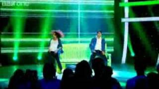 Из танца на лестница, в танец на лавочке)) Video