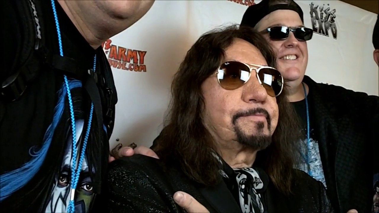 Ace Frehley Meet And Greet Kiss Indy Expo 2018 Youtube