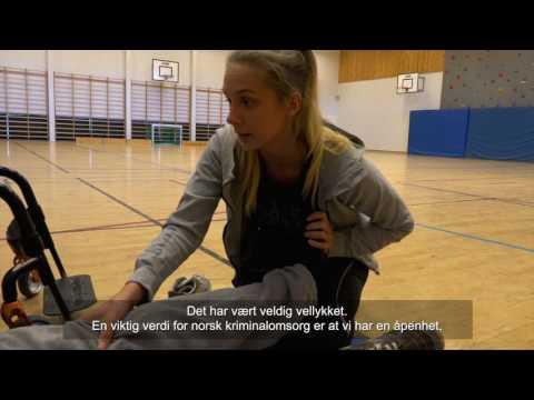 Fysioterapistudentar har praksis i Halden fengsel