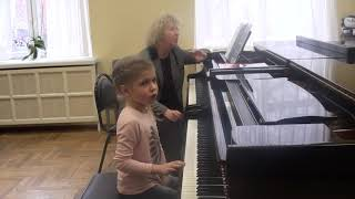 28.02.2019 Second lesson of Mira Marchenko with Ulyana Rodina, classroom of the Central Music School