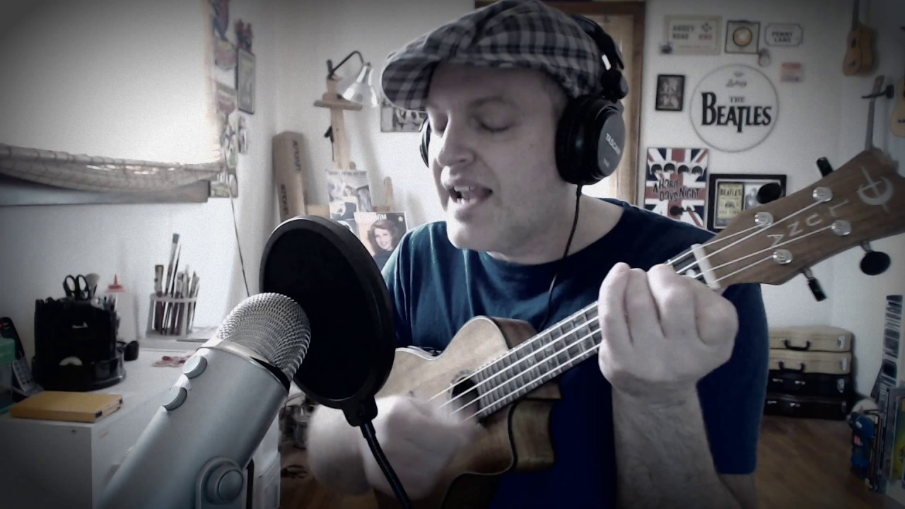 I've Got To Get A Message To You, Ukulele - YouTube
