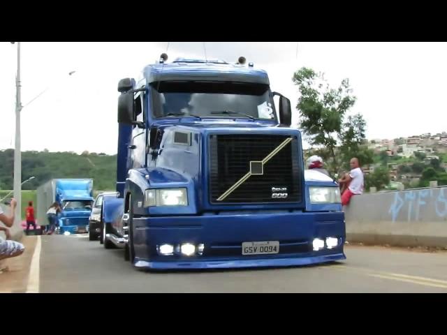 Rogerio Tubarao e Volvo do Daniel chegando na Festa da Rota 262