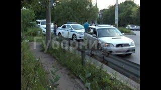 Подросток попал под машину в Хабаровске и заявил, что убегал от хулиганов. Mestoprotv