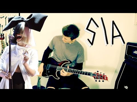 """Hitting those high notes in """"Chandelier"""" by Sia 