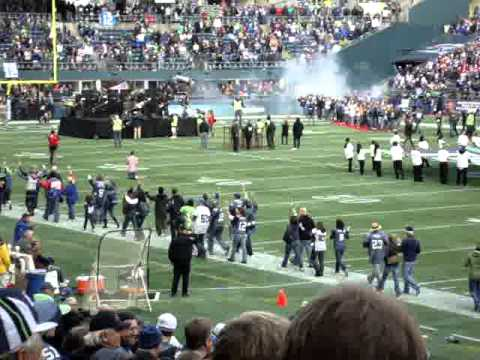 Duff McKagan Loaded Seattle Seahawks halftime performance