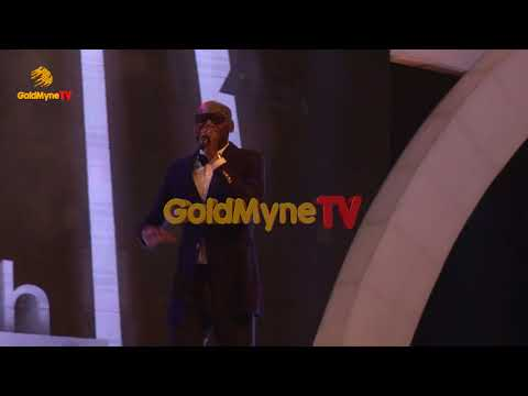 2BABA TRILLS FANS AT THE SUN NEWSPAPER AWARDS 2018