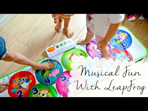 Playing With The LeapFrog Learn and Groove Musical Mat