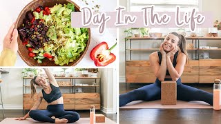 Healthy Day In The Life  What I Eat, Staying Active at Home &amp MORE!