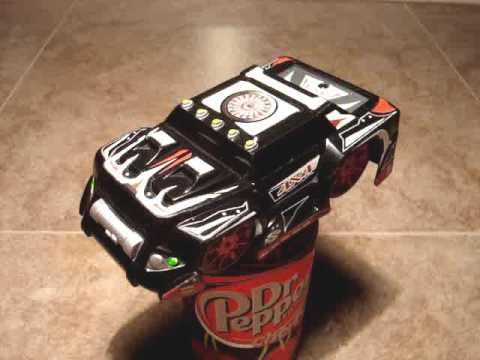 Fun With Air Hogs RC Zero Gravity Micro (Toys R Us Exclusive Glow Version)