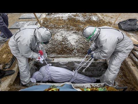 Число заразившихся снова растет. COVID-19 в России