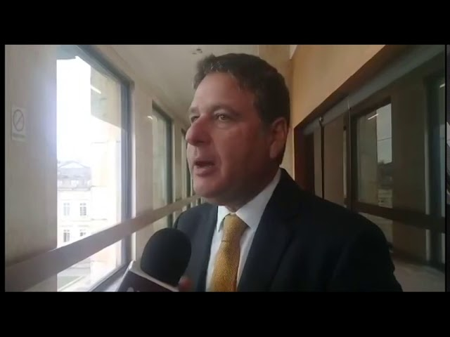 Jack Housni explica por qué en Colombia se debe aumentar la edad para consumir alcohol