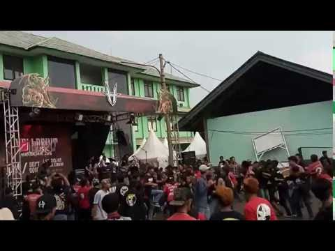 Crewsakan - Negri'ku Live at Hellprint Monster Tour 2016