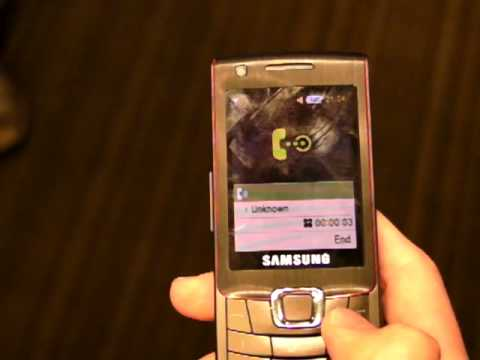 """""""Fake Call"""" feature by Samsung Ultra B at Singapore Samsung MWC09 Preview"""