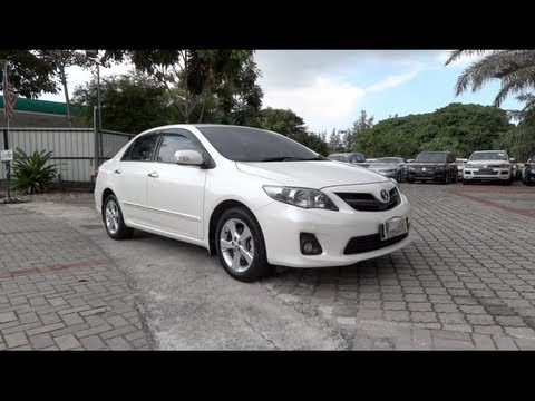 2012 Toyota Corolla Altis 2.0V Start-Up and Full Vehicle Tour