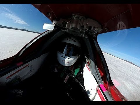 Watching the World's Fastest Electric Motorcycle Go 236 MPH is Terrifying