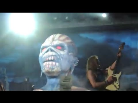 Iron Maiden's Janic Gers in Brazil - Sepultura's Kisser with Anthrax - Rob Zombie new video shoot
