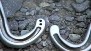 Снаряжение для альпинизма(Как это работает? (how it's made?), 2012-12-14T08:41:22.000Z)
