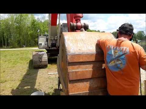 Bucket Repair On the Linkbelt