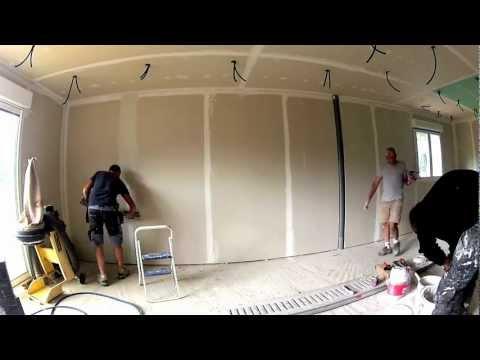 Renovies services comment enduire un plafond de 25m for Pistolet a crepir castorama