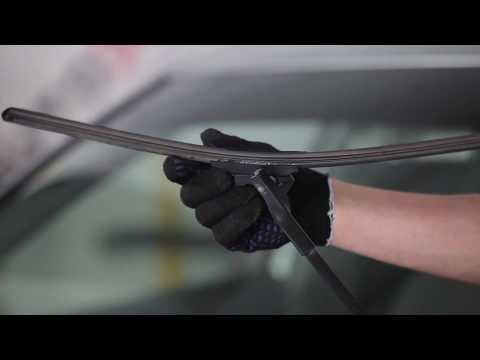 How to replace front wiper blades on VW PASSAT B5+ TUTORIAL | AUTODOC